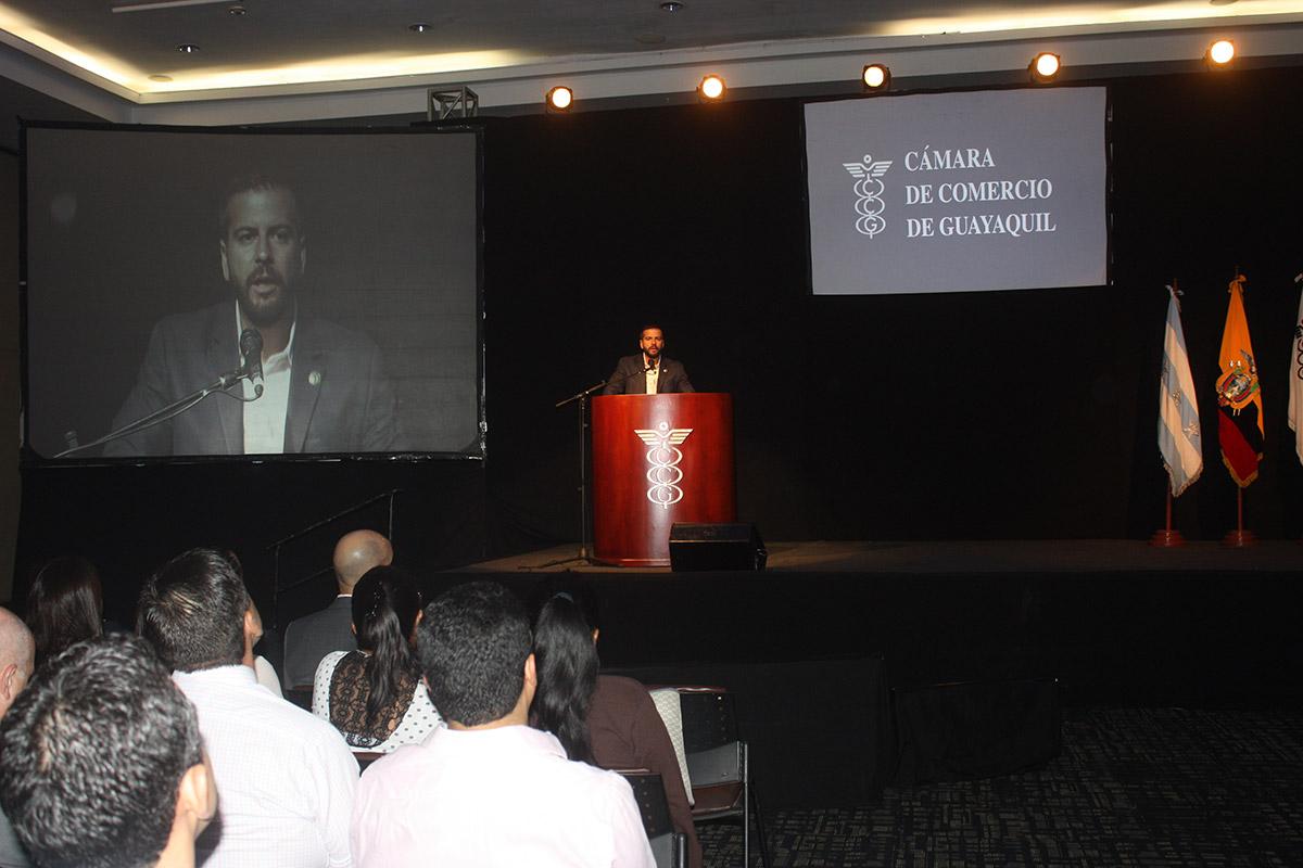 galeria-CCG-Universidad-del-Comercio-04